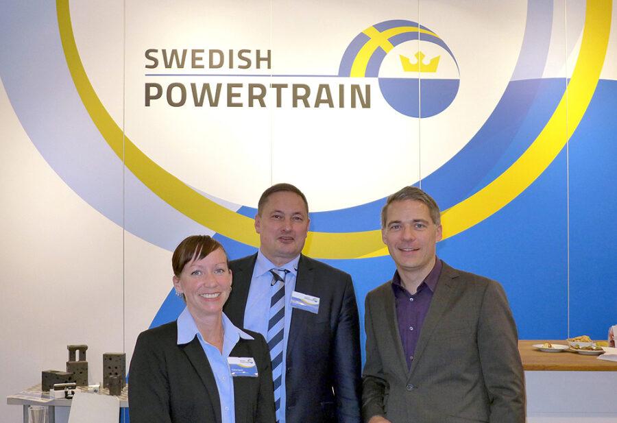 Claire Gyoni (LEAX), Stephan Bauer (Swedish Powertrain), Tobias Heinze (sagner-heinze) auf der IAA 2014